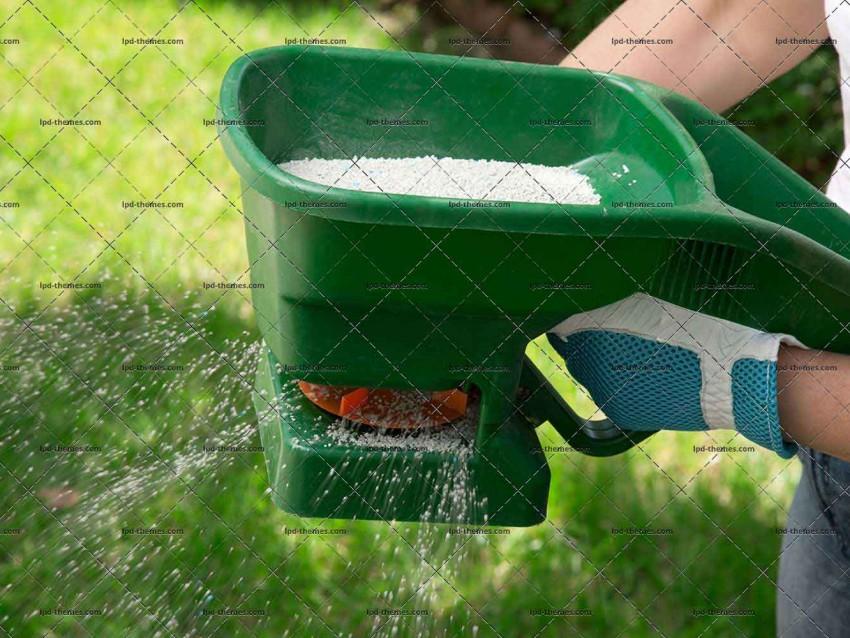 Manual Fertilizing